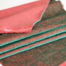 HM-083 - Яркий контрастный мохер-щетка, зеленый ворс на красной основе
